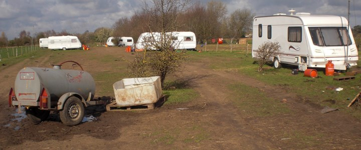 Council acts to ensure removal of caravans illegally parked in Willingham greenbelt